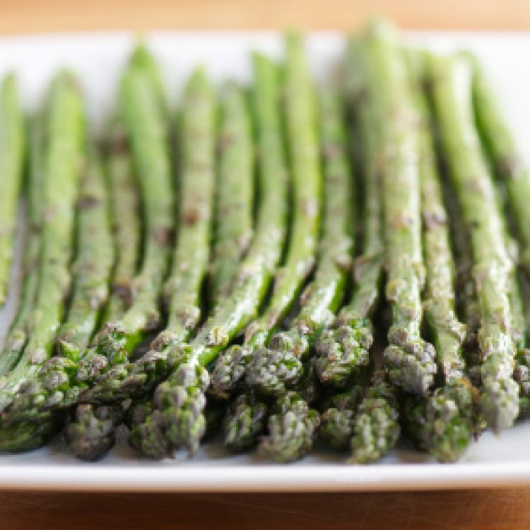 Roasted Asparagus with Cranberry Reduction