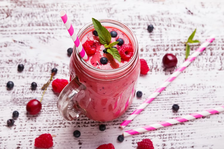 Mixed Summer Berry Smoothie