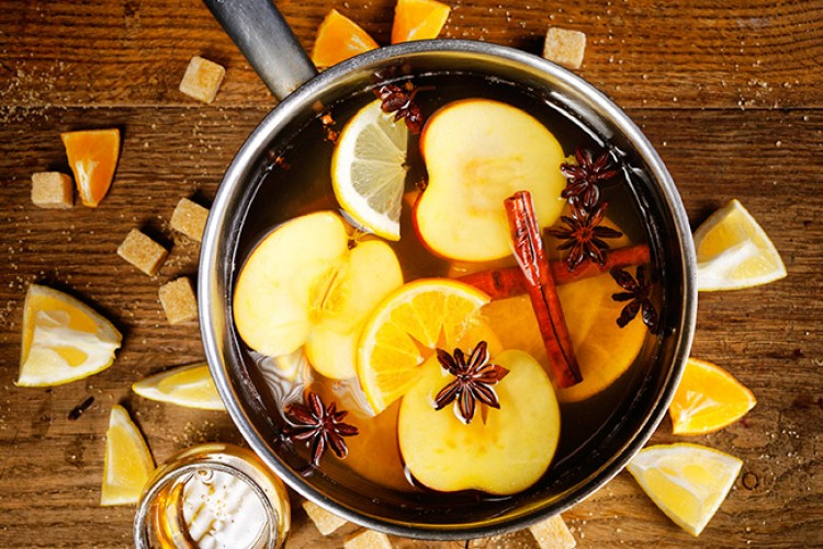 Apple Cranberry Wassail